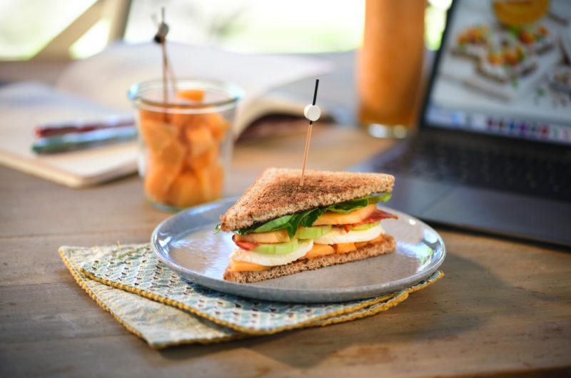 Club sandwich melon, chorizo etmozzarella