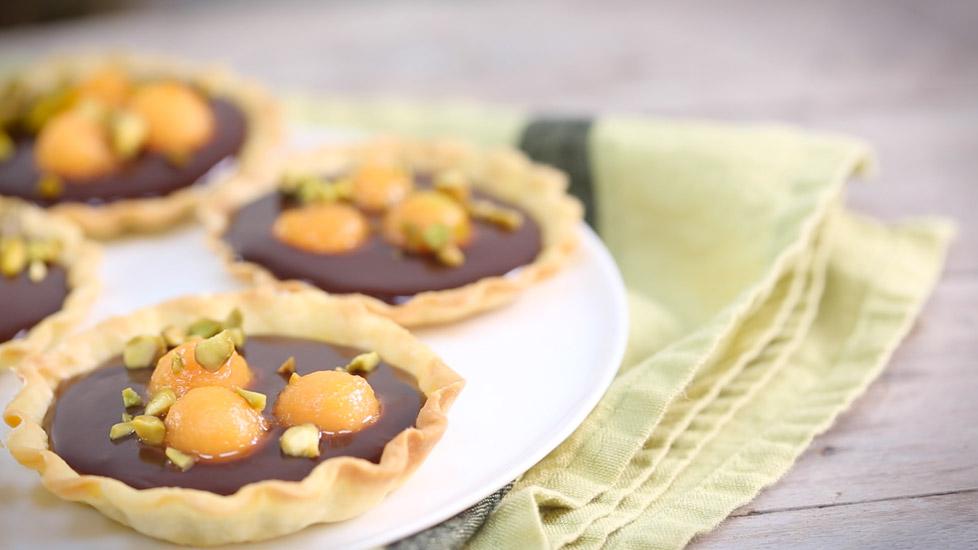 Tartelettes au melon confit, gingembre et chocolat